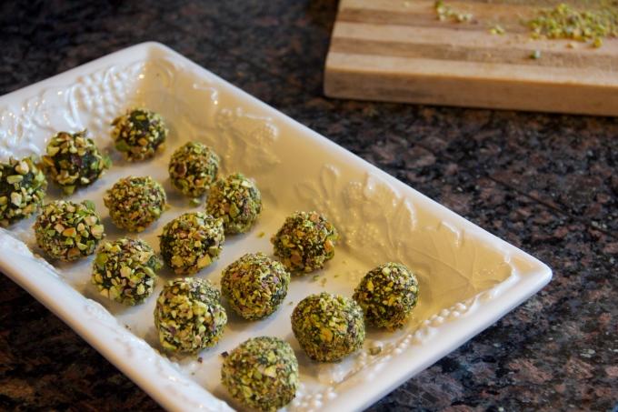 Curry Kale Balls